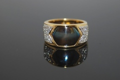blue_gold_diamond_ring