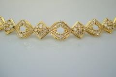 hammerman_18k_y.g._diamond_bracelet