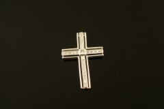 1_modern_18k_w.g._diamond_cross_pendant