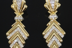 modern_18k_t.t._diamond_chevron_earrings