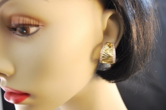 modern_18k_t.t._diamond_hoop_earrings