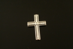 modern_18k_w.g._diamond_cross_pendant